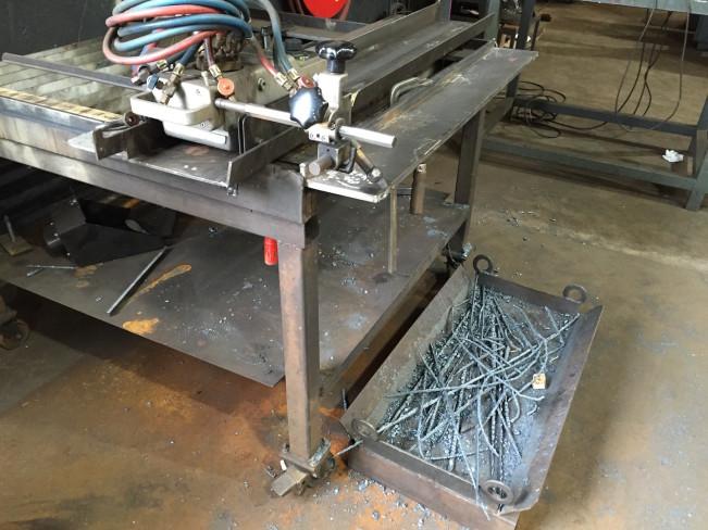 Стол для снятия фасок с листовых заготовок
