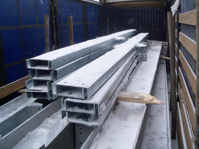 Вес металлоконструкций в 1 автомашину 20 тонн