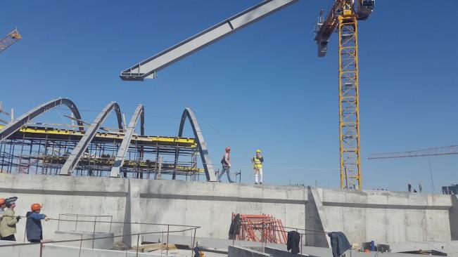 Процесс монтажа строительных металлоконструкций